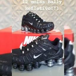 Nike shox 12 molas refletivo