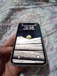 iPhone 11 / 128 GB