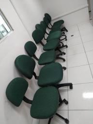 Conjunto com 8 cadeiras