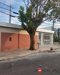 Título do anúncio: Casa à Venda no Bairro Jardim Monte Castelo