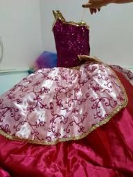 Vestido Bárbie Escola de Princesas