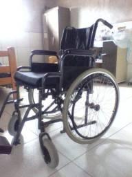 Cadeira de rodas moderna