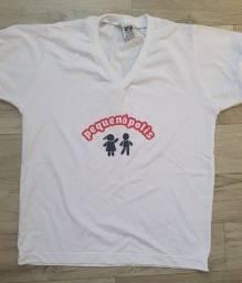 3 camisetas e 2 shorts saia (Uniformes escolar -  farda Escola Pequenópolis)