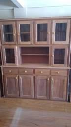 Armário novo de madeira