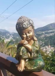 Buda baby pensando