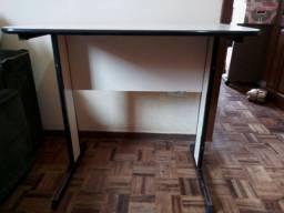 Mesa de Escritório ou para Computador