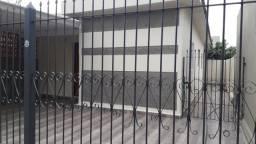 Vendo 2 casas na área central de Campo Grande