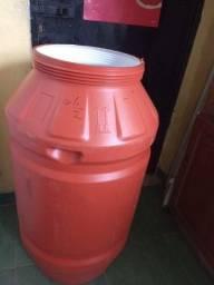 Tonel para água potável