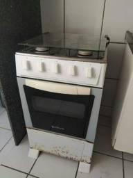 Fogão Atlas 4 bocas, com forno, 150 reais