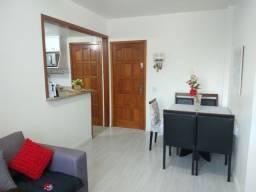 Lindo apartamento reformado Fonseca.