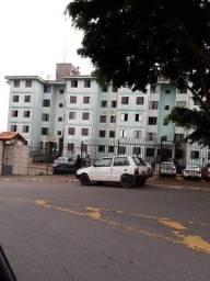 Aluga-se Apartamento no Conjunto Habitacional Prestes Maia