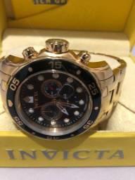 Vendo relógio invicta usado 2 vezes sem detalhes