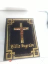 Biblia do Papa em 3d ...