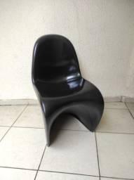 Cadeira Phantom preta
