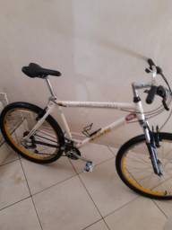 Bicicleta aro 26 toda em alumínio