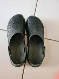 Crocs Novinha