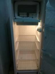 venda de uma geladeira consul 280.