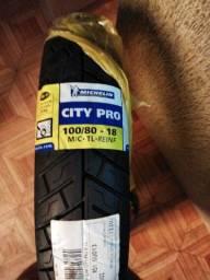 2 pneus  Michelin city pro traseiro e dianteiro