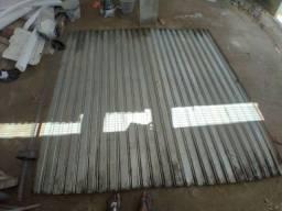 Porta esteira galvanizada seminova  molas as tiras 700reais