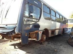 Mercedes 1722 2007 para peças