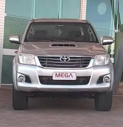 Toyota Hilux CD SRV 4x4 3.0 AUT TOP DE LINHA - 2014