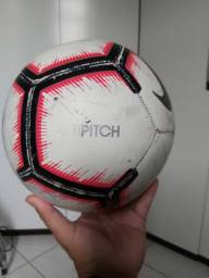 Bola oficial nike pitch