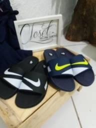Chinelos Nike. Todas as numeraçoes disponíveis marcamos o local da entrega