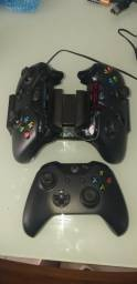 3 controles Xbox One + Carregador!