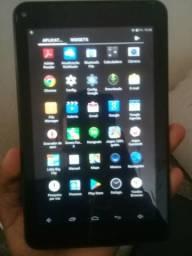 Tablet semi-novo Multilaser leia a descrição!