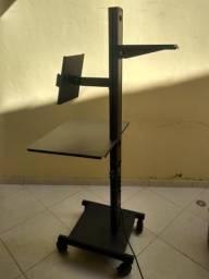 Rack de palastra e projetor
