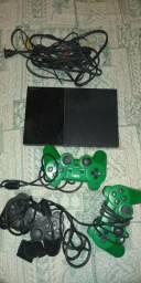 Vendo vídeo game playstation 2 bom estado vendo barato