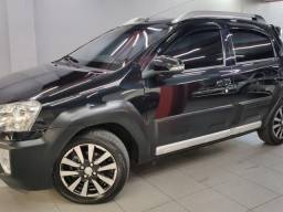 ETIOS CROSS 1.5 Flex 16V 5p Mec.