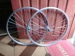 Vendo dois aro  de bicicleta