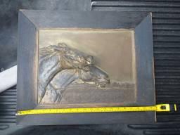 Relíquia  Lindo  quadro com escultura Em alto relevo