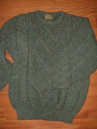 Blusa de lã grossa inglesa