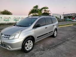 VENDE-SE Nissan GRAND Livina
