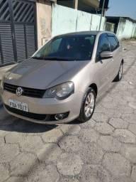 VW Polo completo