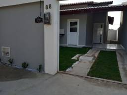 Casa lado da sombra, fino acabamento e arquitetura moderna!