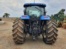 Trator New Holland T7<br><br>