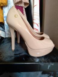 Sapato Vizzano nude NOVO TAM 35