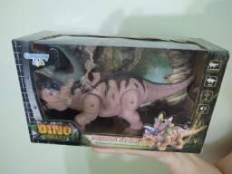Dinossauro Brinquedo, Luzes, Som e movimento ( Novo)