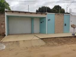 ALUGO, Casa com piscina Bairro São Luiz