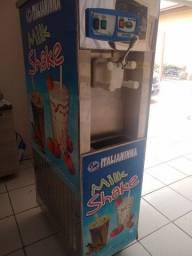 Máquina de sorvete e Milk shake