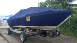 Barco 17.7 pes Semi Novo. Motor Evinrude E-tec