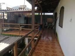 Casa no segundo andar( entrada independente)