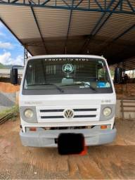 Vendo caminhão 8-150