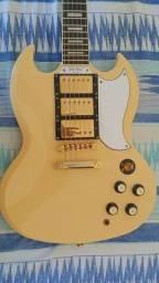 Guitarra Epiphone SG G400 Les Paul Custom