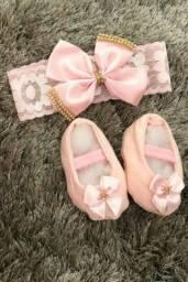 Kit tiara + sapatinho rosa