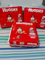 Fralda descartável Huggies xg