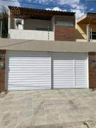 Casa Duplex à venda no bairro Nova Caruaru, com 3 quartos, sendo 1 suíte.